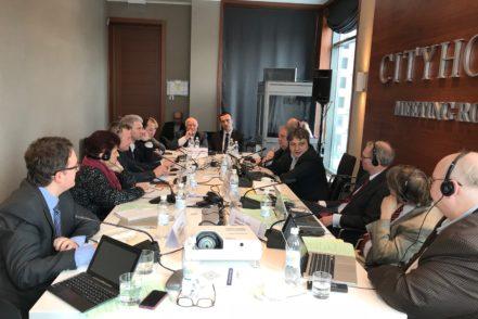 """Міжнародні експерти з питань юридичної освіти Програми USAID «Нове правосуддя» в ході обговорень модельного навчального плану для правничих шкіл України. ФОТО: Програма USAID """"Нове правосуддя"""""""