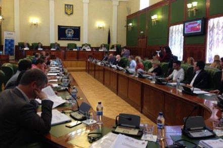 Учасники обговорюють звіт щодо якості юридичної освіти 29 травня 2017 року в Одесі. ФОТО: Програма USAID «Нове правосуддя»