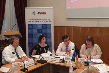 Експерти програми під час дискусії щодо врегулювання конфлікту інтересів у секторі юстиції 26 травня 2017 року в Києві. ФОТО: Програма USAID «Нове правосуддя»